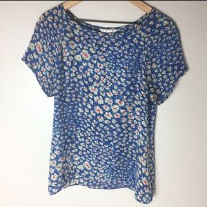 CAbi Blue Floral Shirt with Button Back Size M